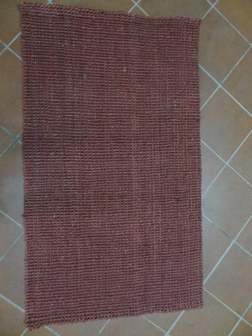Jarapa de yute de color vino