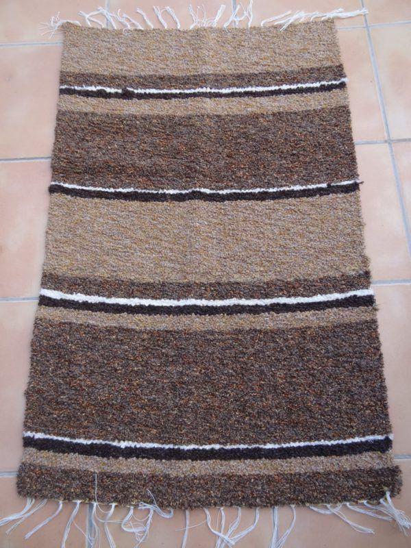 Jarapa artesana con tonos marrones