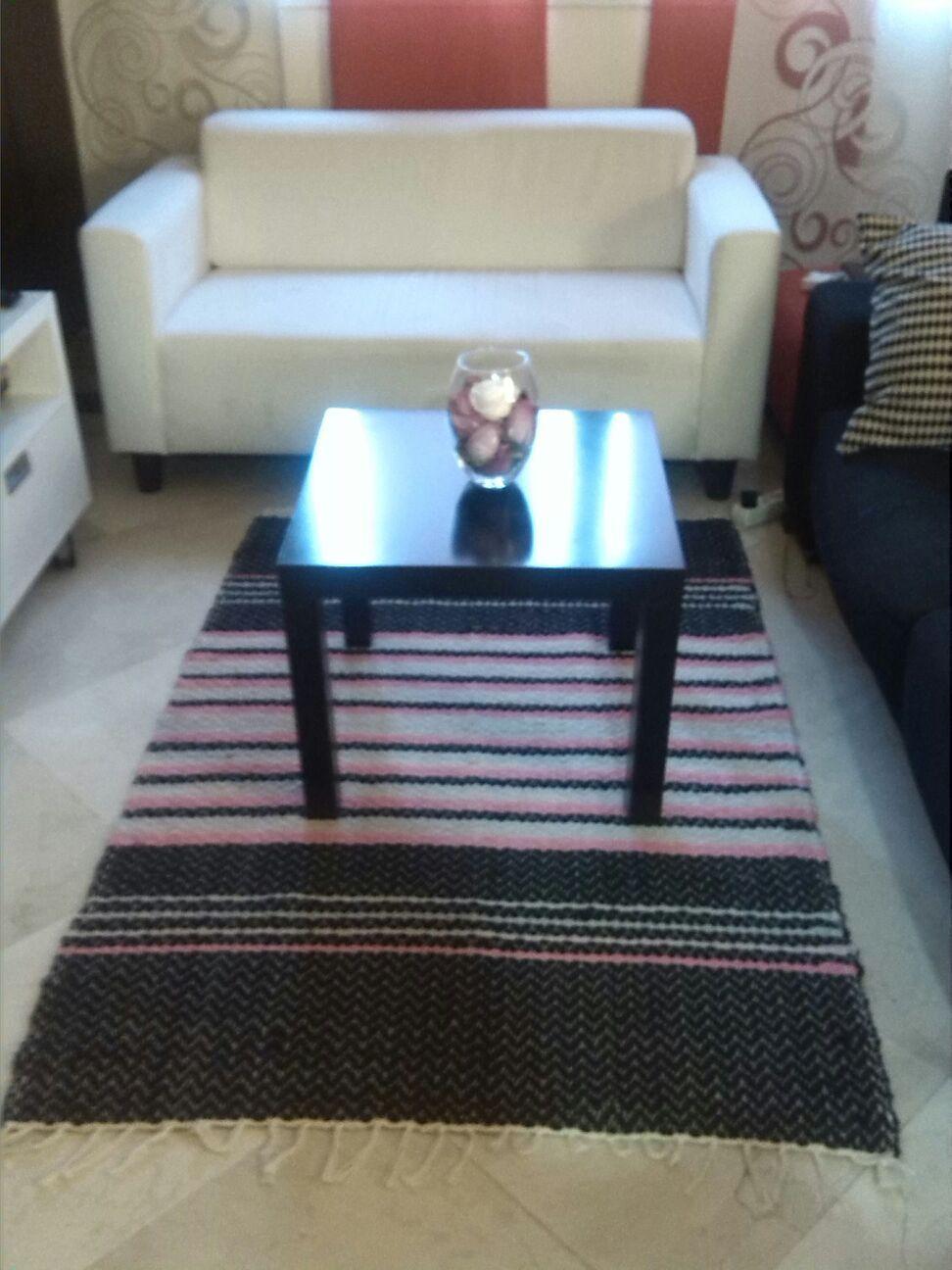 Jarapa Alpujarreña en tonos de negro con morado