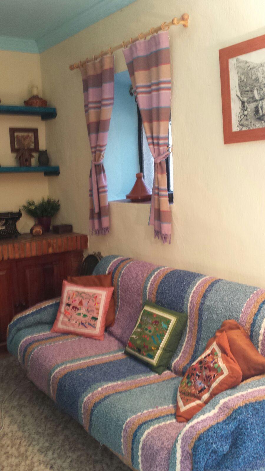 jarapa y tambien cubre sofá, te lo tejemos en cualquier color y medida