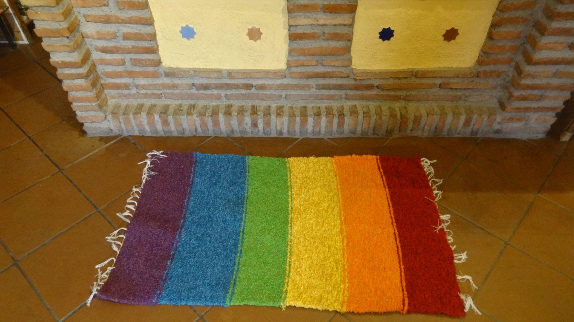 Jarapa con los colores de la bandera gays