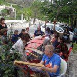 Día Mundial de tejer en público en La Alpujarra