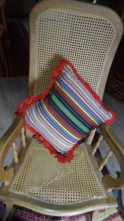 Cojin de colorines de tejido alpujarreño