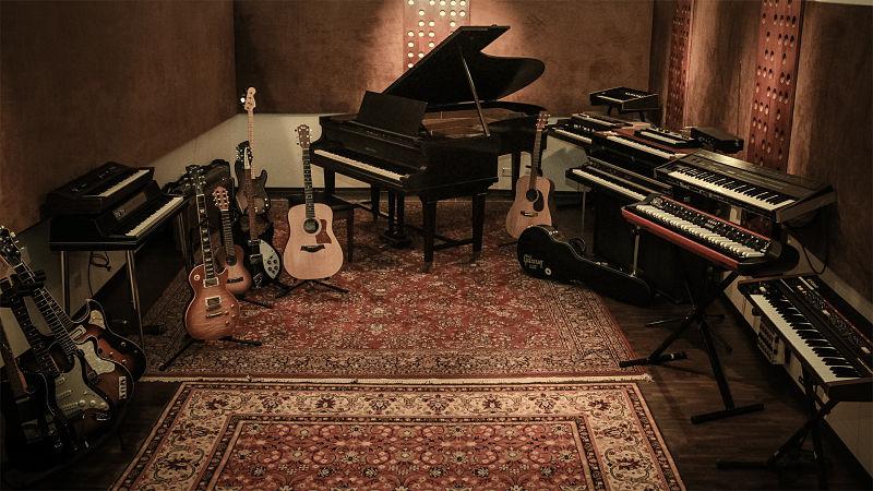 Estudio de grabación que usa alfombras para insonorizar